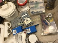 BOX LOT OF MISC PLUMBING PARTS AND PIPE FITTINGS