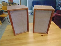 2 Speakers - Untested