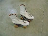 Vintage Womens Size 8 1/3 Roller Skates