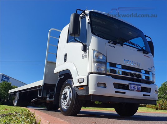 2014 Isuzu FSR - Trucks for Sale