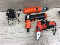 BLACK AND DECKER AND TOOL SHOP CORDLESS SCREW DRIV