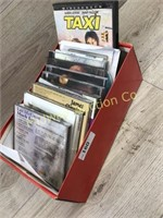 BOX OF VARIOUS MISC CDS/ 1 DVD MOVIE