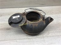 CAST IRON TEAPOT WITH LID