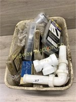 TOTE OF PLUMBING PARTS AND KEY TYPE HOSE CLAMPS/ H