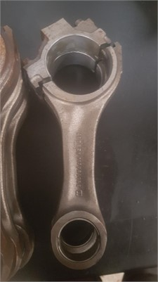 0 Cummins B Series 3901566 Connecting Rods - Parts & Accessories for Sale