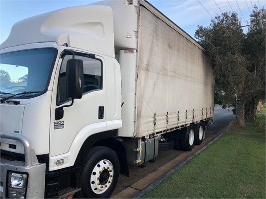 2012 Isuzu FVL - Trucks for Sale