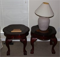 2 Clawfoot Endtables w/ Lamp
