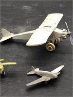 Tootsie and plastic planes