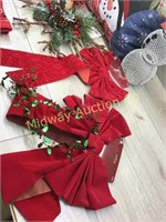 CHRISTMAS WREATH/ BOW/ RUDOLPH REINDEERE ANTLERS A