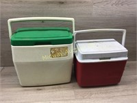 RED RUBBERMAID COOLER/ GREEN COLEMAN COOLER
