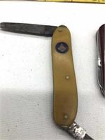 3 Pocket Knives