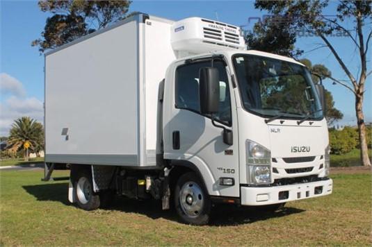 2020 Isuzu NLR 45 150 AMT - Trucks for Sale