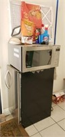 Panasonic microwave, kitchen aid ice maker as is