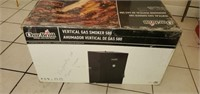 BRAND NEW Char-Broil Vertical Gas Smoker 580