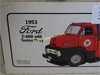 Texaco 1953 Ford C-600 With Tanker Body Die Cast