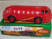 "Texaco 1934 - Diamond T Tanker - ""Doodle Bug"" -"