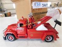 Texaco Star Enterprises - 1955 Diamond T Tow