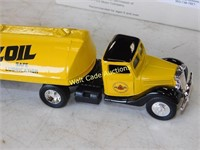 Pennzoil - Truck with Tanker Trailer - Die Cast