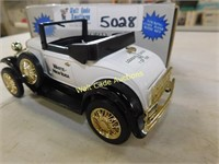 Ford Model A Delivery Van - White New Idea -
