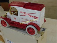 Ford 1913 Model T Van - Yelton Trucking Co - Die