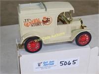 Ford 1913 Model T Van - JT's General Store - Die