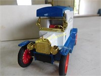 Ford 1913 Model T Van The Toy Farmer Die Cast
