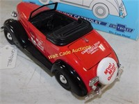 Chevrolet 1937 Cabriolet - Campbell's Soup