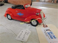 1937 Chevy - Fire Chief #4 - Bank Die Cast -
