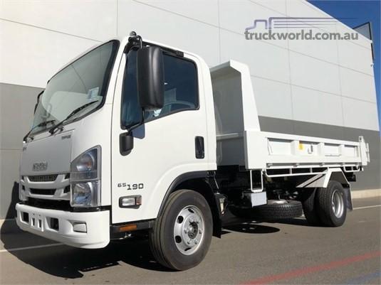 2020 Isuzu NPR 65 190 - Trucks for Sale