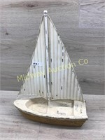 METAL AND WOOD DECORATOR SAIL BOAT