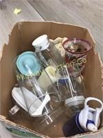 BOX OF VARIOUS GLASSWARE