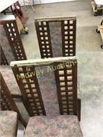 6 WOOD CHAIRS WITH UPHOLSTERED SEATS AND BACK CENT