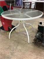 ROUND GLASS TOP PATIO TABLE