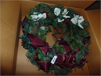 "Lit Christmas Wreath ~ 24"""