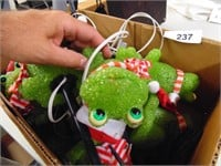 (8) Christmas Outdoor Frog Stake Lights