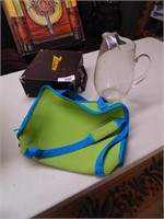 Food Carrier, Zenith Box, Fancy Pitcher