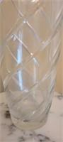 beautiful crystal glass vase