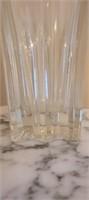 Stunning crystal glass vase