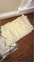 Estate lot of linens and table cloths