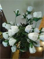 Stunning pottery floral vase decor