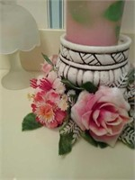 2 decorative candle holders