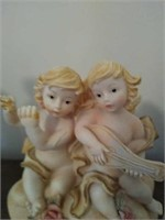 Lot of Victorian style decor