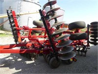 Sunflower 1234 18ft Flex Wheel Disc w/Rear Hitch