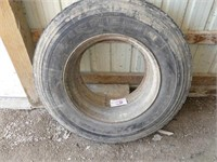 Michelin 10R22.5 Radial Tire and Rim