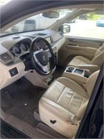 2010 Volkswagen Routan SEL