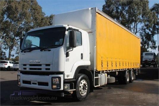 2015 Isuzu FVL - Trucks for Sale