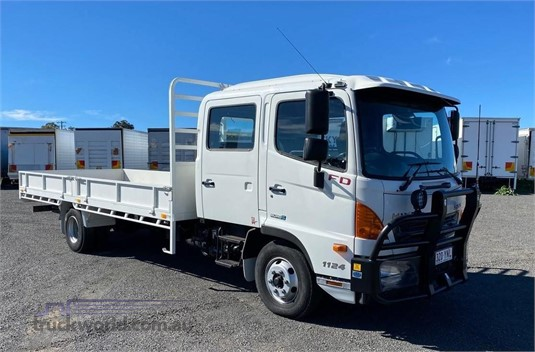2015 Hino FD - Trucks for Sale