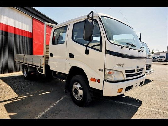 2010 Hino 300 Series 816 - Trucks for Sale