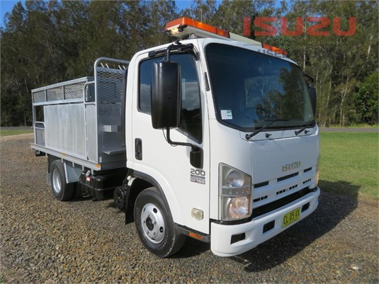 2014 Isuzu NPR 275 AMT Used Isuzu Trucks - Trucks for Sale