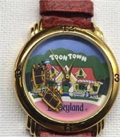 Disneyland, tune town watch, all aboard for